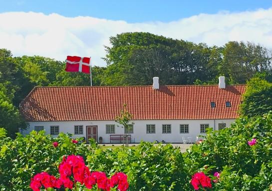 thumbnail_Vang Præstegården Flot